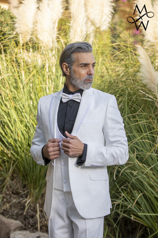 MeandMy SS21 White Tuxedo